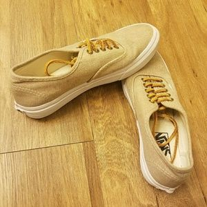 Vans unisex shoes , worn just several times!